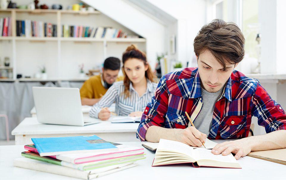 CAMPUSDEAN-Is-The-Best-Online-School-Management-Software-In-Telangana